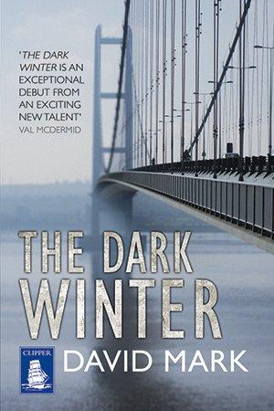9781471202940: The Dark Winter (Large Print Edition)