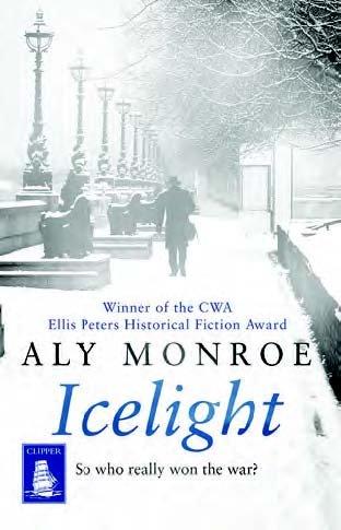 9781471247033: Icelight (Large Print Edition)