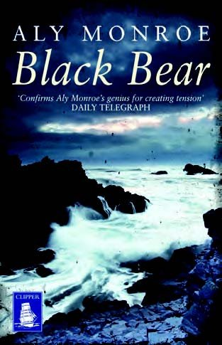 9781471250811: Black Bear (Large Print Edition)
