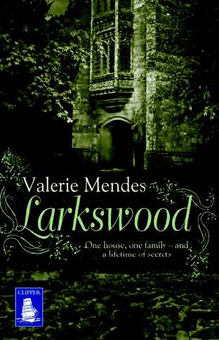 9781471276392: Larkswood (Large Print Edition)