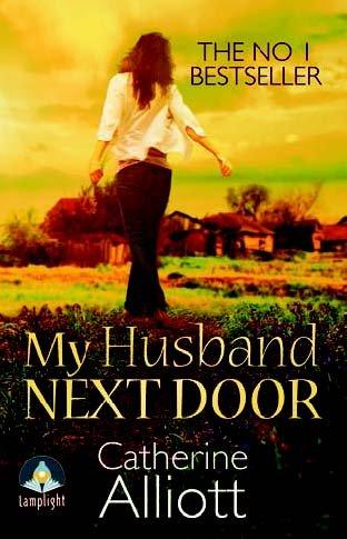 9781471294624: My Husband Next Door (Large Print Edition)