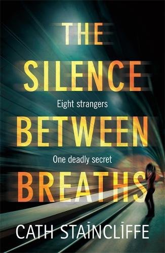 9781472118004: The Silence Between Breaths