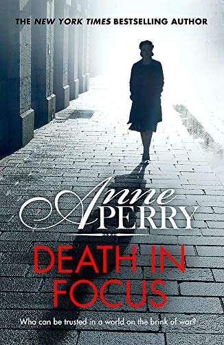 9781472257277: Death in Focus (Elena Standish Book 1)