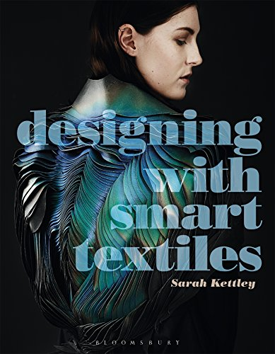 9781472569158: Designing with Smart Textiles (Required Reading Range)