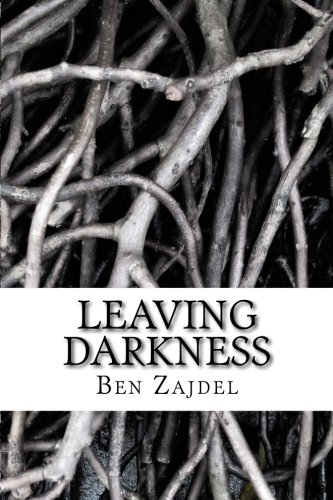 9781475038620: Leaving Darkness
