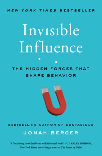 9781476759739: Invisible Influence: The Hidden Forces that Shape Behavior