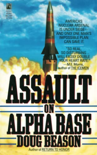 9781476797168: Assault on Alpha Base