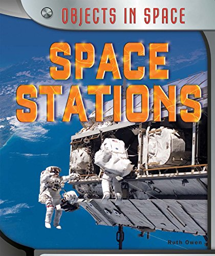 9781477758700: Space Stations (Objects in Space)