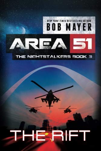 9781477818114: The Rift (Area 51: The Nightstalkers)