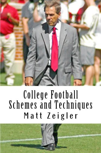 9781480012011: College Football Schemes and Techniques