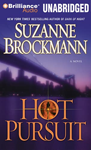 9781480513716: Hot Pursuit (Troubleshooters Series)