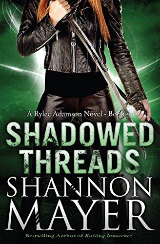 9781492184379: Shadowed Threads (A Rylee Adamson Novel (Book 4))