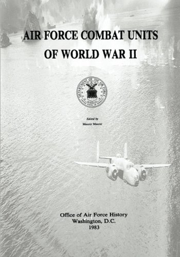 9781494489656: Air Force Combat Units of World War II