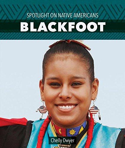 9781499416886: Blackfoot (Spotlight on Native Americans)