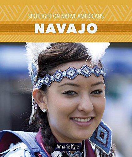 9781499416916: Navajo (Spotlight on Native Americans)