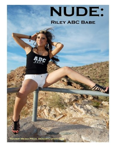 9781500185107: NUDE: Riley ABC Babe: Adult Nude Photography - Young Naked Girls (Volume 4)