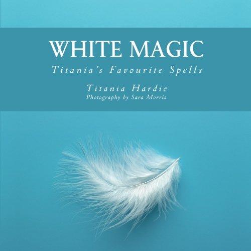 9781500740436: White Magic