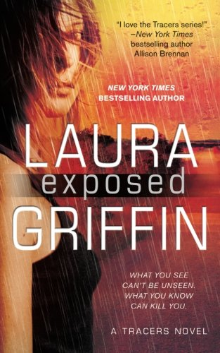 9781501123740: Exposed (Tracers)