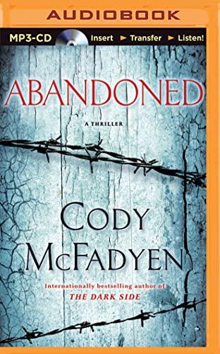 9781501295522: Abandoned: A Thriller (Smoky Barrett Series)
