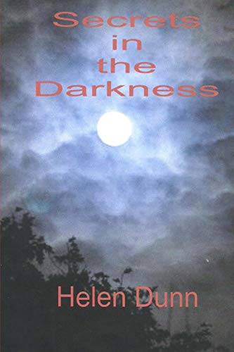 9781505497441: Secrets in the Darkness