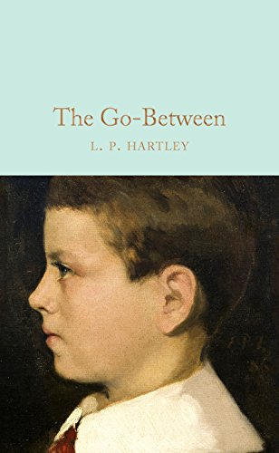 9781509843176: The go-between (Macmillan Collector's Library)