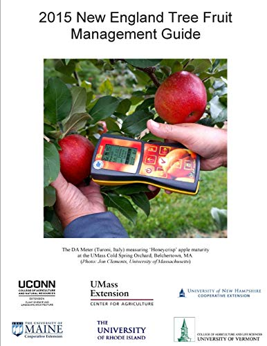 9781512198294: 2015 New England Tree Fruit Management Guide