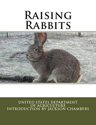 9781514109779: Raising Rabbits