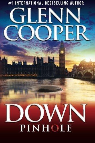9781515040842: Down: Pinhole (Volume 1)