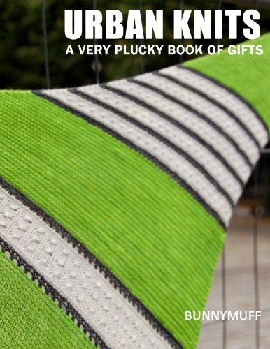 9781517688356: Urban Knits: A very plucky book of gifts