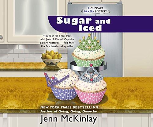 Sugar and Iced (Cupcake Bakery Mystery): Jenn McKinlay