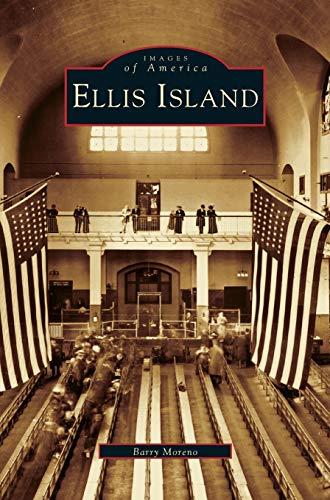 9781531608811: Ellis Island