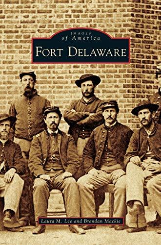 9781531657437: Fort Delaware