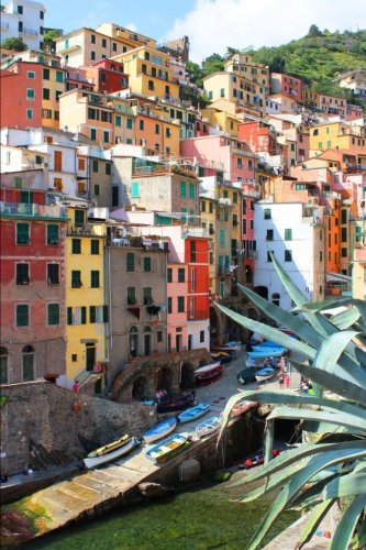 9781533075024: Cinque Terre Italy Manarola Village Leguria Journal: 150 page lined notebook/diary