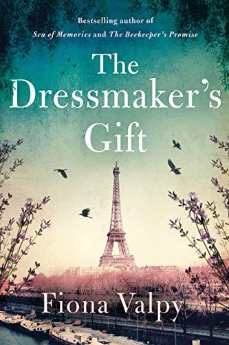 9781542005135: The Dressmaker's Gift