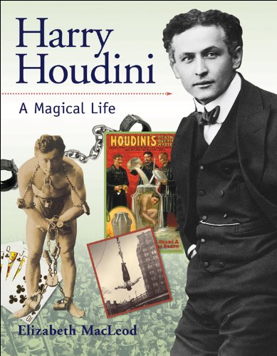9781553377696: Harry Houdini: A Magical Life (Snapshots: Images of People and Places in History)