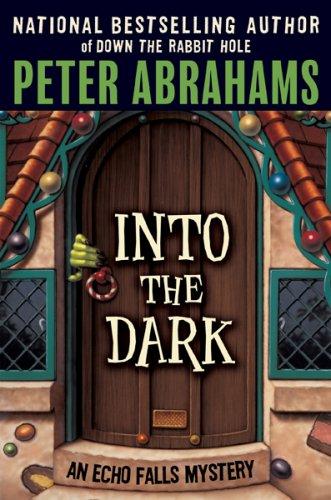 9781554680696: Into the Dark