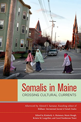 9781556439261: Somalis in Maine: Crossing Cultural Currents (Io Series)