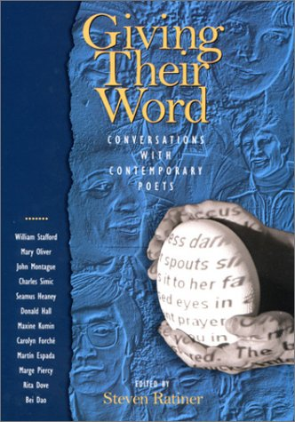 9781558493575: Giving Their Word: Conversations with Contemporary Poets