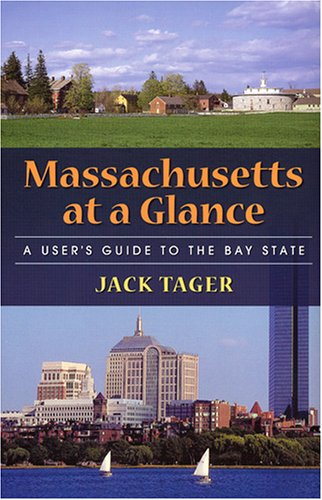 9781558494398: Massachusetts at a Glance: A User's Guide to the Bay State