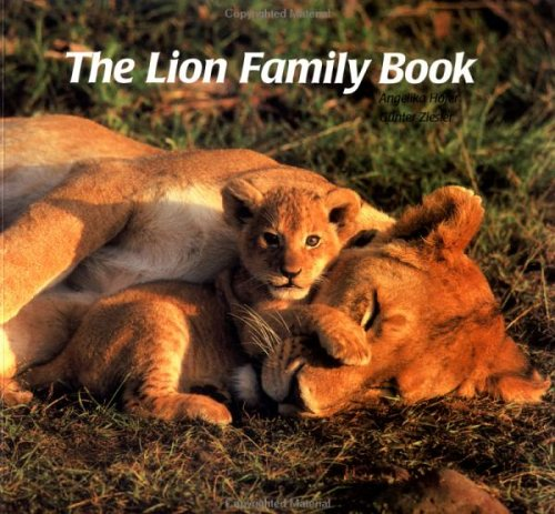 9781558585027: The Lion Family Book (Animal Family (Chronicle))