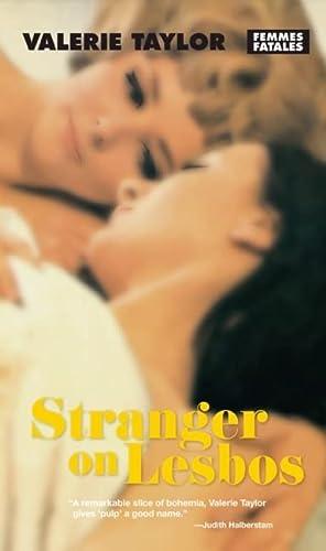 9781558617995: Stranger on Lesbos (Femmes Fatales)