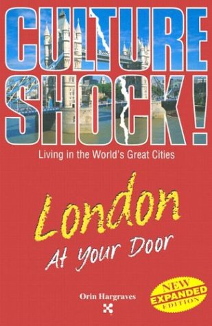 9781558686236: London at Your Door (Culture Shock! At Your Door: A Survival Guide to Customs & Etiquette)