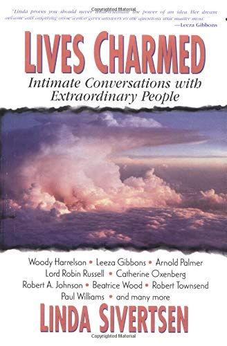 9781558745933: Lives Charmed: Intimate Conversations with Extraordinary People