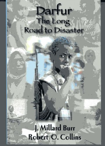 9781558764040: Darfur: The Long Road to Disaster