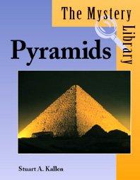 9781560067733: Pyramids (Mystery Library)