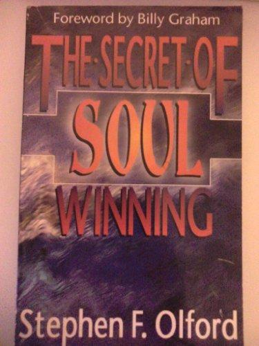 9781560438007: The Secret of Soul Winning