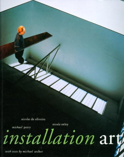 9781560987048: Installation Art