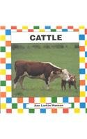 9781562396039: Cattle (Farm Animals)