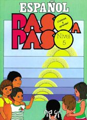 9781563280153: Español Paso a Paso. Nivel 5