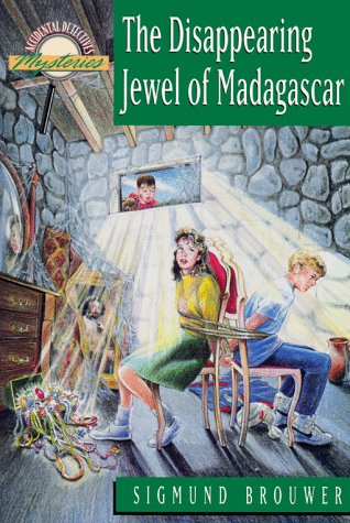 9781564763730: Disappearing Jewel of Madagascar (Accidental Detective)